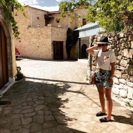 lamodedemelissa-blogueusemode-bloggerparis-crete-roadtrip-summer.JPG
