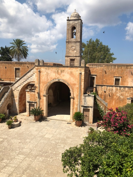 lamodedemelissa-crete-monastère-blogueusemode-voyage.JPG